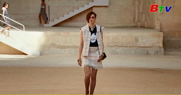 Chanel giới thiệu bộ sưu tập quần áo may sẵn