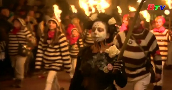 Rực cháy lễ hội lửa Bonfire Night