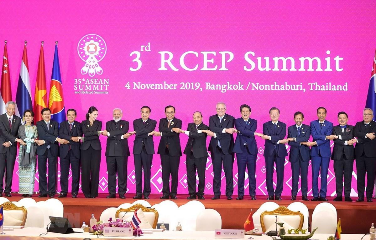 Thủ tướng Thái Lan thông báo kết quả Hội nghị Cấp cao ASEAN 35