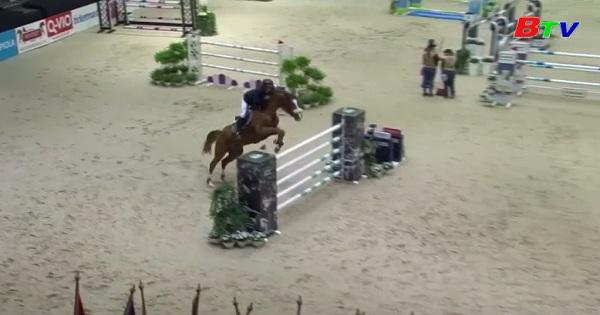 Vai phụ của những chú ngựa tại chương trình Nhảy ngựa quốc tế ở Phần Lan
