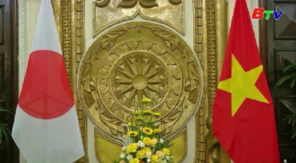 Ngoại trưởng Nhật thăm Việt Nam