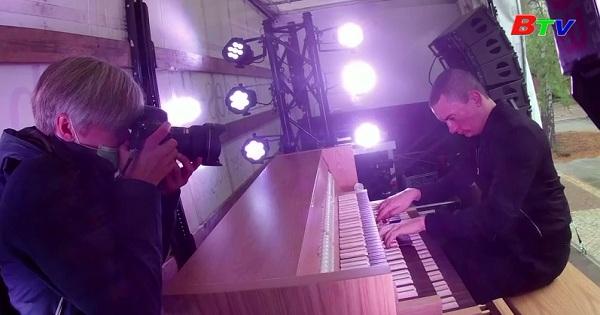 Hòa nhạc Organ di động phục vụ mọi người trong mùa dịch ở Đức