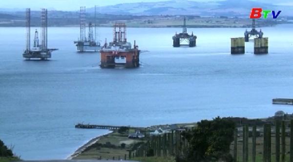 Giá dầu thế giới tăng vọt sau vụ Mỹ ám sát tướng Iran