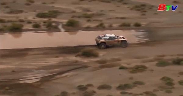 Đội xe Peugeot tiếp tục thống trị giải Dakar Rally