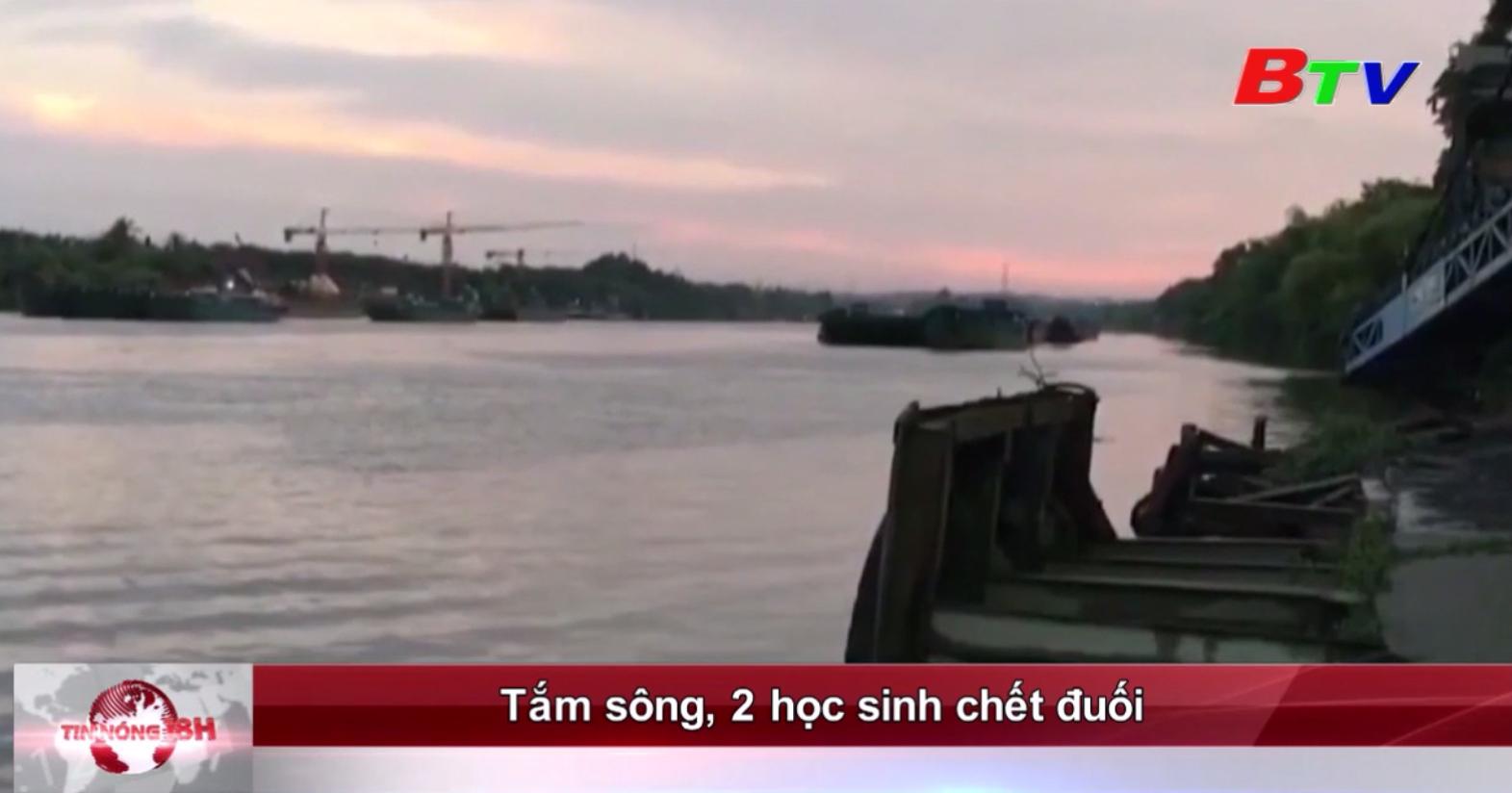 Tắm sông, 2 học sinh chết đuối