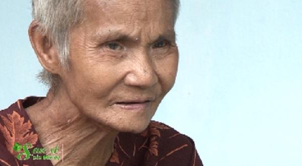 San Sẻ Yêu Thương - Hoàn cảnh bà Huỳnh Thị Lang, ở Tổ 2, Khu phố 3, phường Chánh Phú Hòa, TX Bến Cát