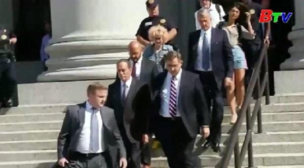 Một hạ nghị sỹ bang New York bị kết tội giao dịch nội gián