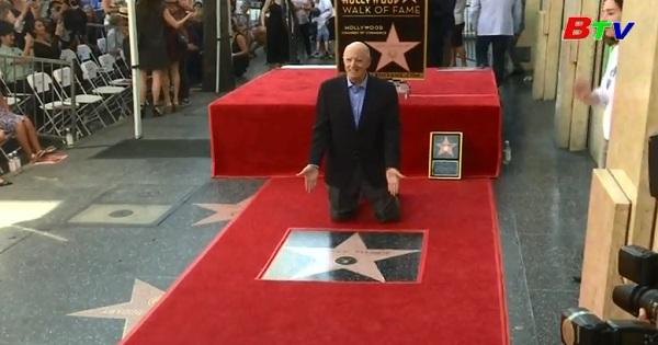 Jeffrey Tambor được gắn sao trên đại lộ danh vọng Hollywood