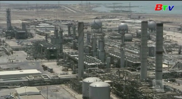 Giá dầu châu Á đi lên sau cam kết cân bằng thị trường của OPEC