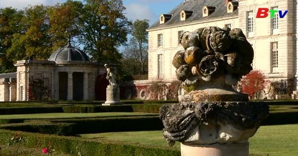 Cơ hội sở hữu một tòa lâu đài hoàng gia diễm lệ dọc bờ sông  Loire