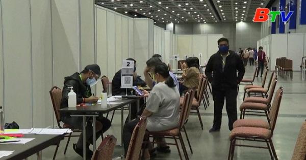 Malaysia hoàn thành mục tiêu tiêm chủng ban đầu