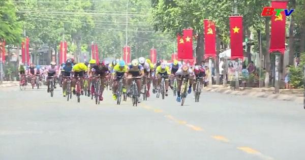 Nhìn lại mùa giải 2018 - Giải Xe đạp THBD mở rộng tranh  Cúp Tôn Đại Thiên Lộc