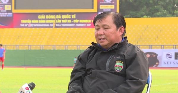 Trao đổi với ông Đặng Trần Chỉnh - Giám đốc Kỹ thuật CLB Becamex Bình Dương