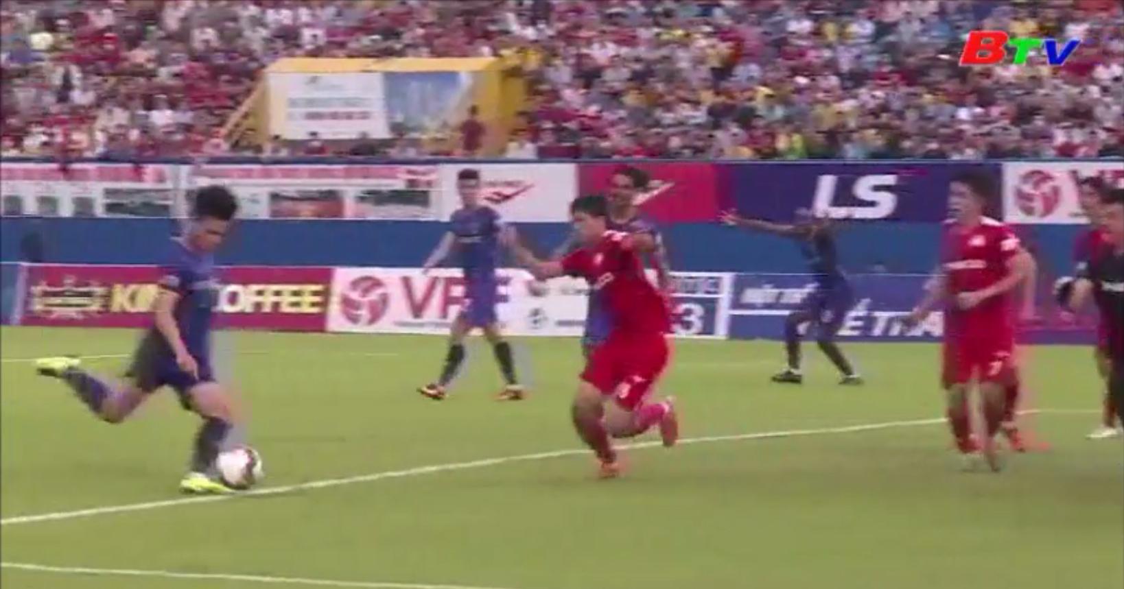 Becamex Bình Dương tạm xếp thứ 4 sau vòng 9 V-League 2020