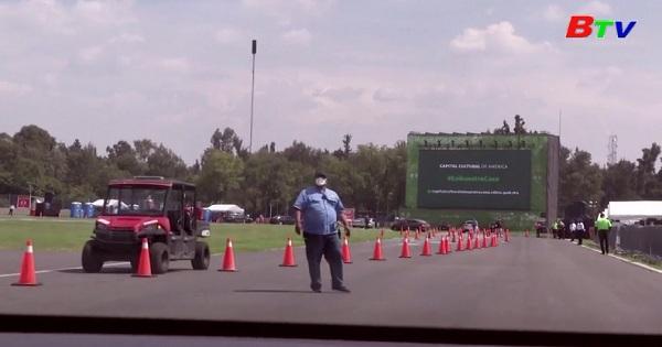 Mehico - Biến trường đua xe công thức một thành rạp chiếu phim
