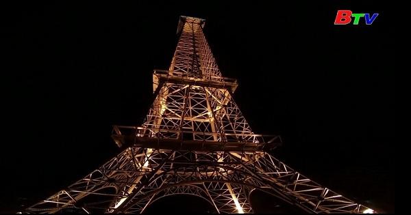 Chiêm ngưỡng bản sao Tháp Eiffel tại Cuba