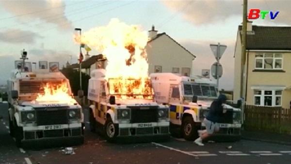 Anh - Nhóm IRA mới tấn công cảnh sát Bắc Ireland