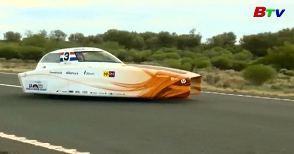 Giải đua xe năng lượng mặt trời, đội Hà Lan bỏ xa các đối thủ