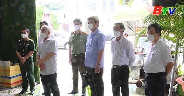 Bí thư Tỉnh ủy kiểm tra công tác chống dịch tại Bàu Bàng