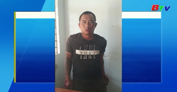 Phó Công an xã bị xe đâm gãy chân khi chặn bắt hai đối tượng trộm tài sản