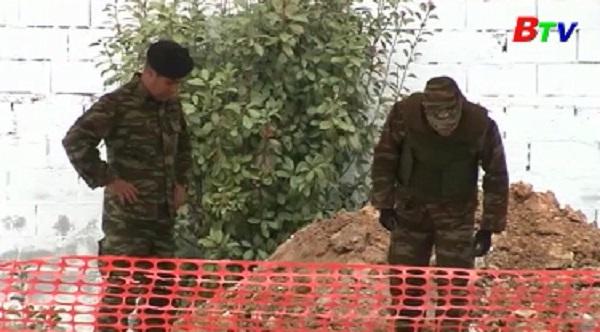 Hy Lạp sơ tán 75.000 người để gỡ bom 250 kg