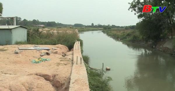 Cần chấn chỉnh việc xây dựng lấn chiếm hành lang an toàn sông, suối