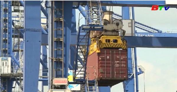 Việt Nam lọt top 10 quốc gia đứng đầu về Logistics