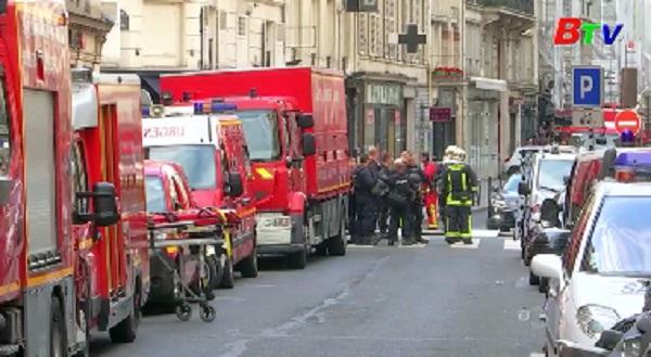 Kẻ bắt cóc con tin ở Pháp có khả năng bị bệnh tâm thần