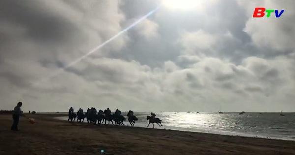 Tây Ban Nha thưởng thức chặng đua ngựa lâu đời nhất thế giới
