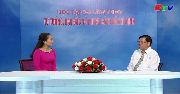 Chính sách ngoại giao thêm bạn bớt thù của Hồ Chí Minh