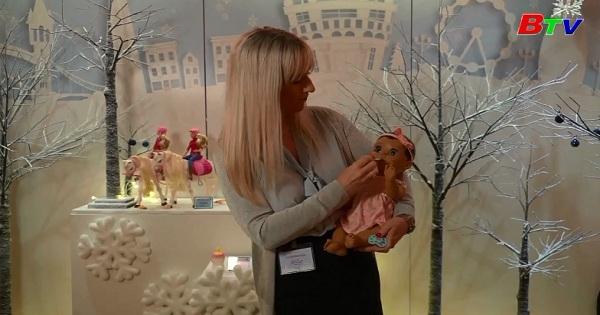 Cửa hàng đồ chơi Hamleys ở Anh chuẩn bị cho lễ giáng sinh
