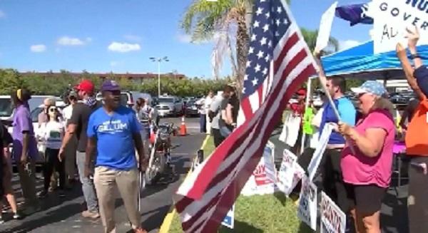 Bầu cử Quốc hội Mỹ giữa nhiệm kỳ - Bang Florida yêu cầu kiểm lại phiếu