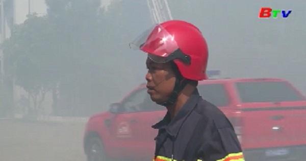 Diễn tập phương án chữa cháy và cứu người tại Công ty Bình Dương Chinh Long