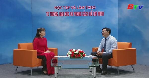Hồ Chí Minh và con đường đến với Chủ nghĩa Mác -Lê nin