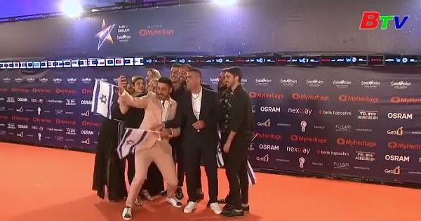 Thí sinh xuất hiện trên thảm cam cuộc thi Eurovision
