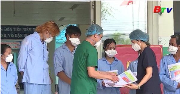 Thêm 12 người khỏi bệnh COVID-19 tại Quảng Nam, Đà Nẵng