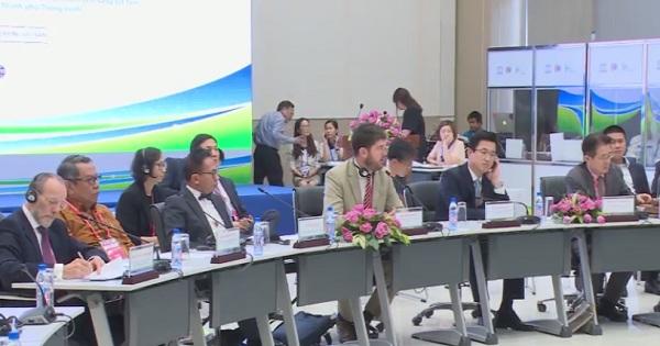 Hội nghị bàn tròn diễn đàn đổi mới sáng tạo toàn cầu 2018