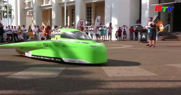 Cuộc đua xe năng lượng mặt trời tại Australia
