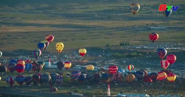 Mãn nhãn lễ hội thả khinh khí cầu quốc tế Albuquerque