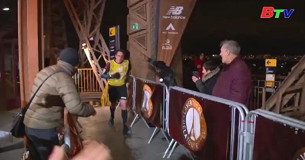 Chạy đua chinh phục đỉnh tháp Eiffel