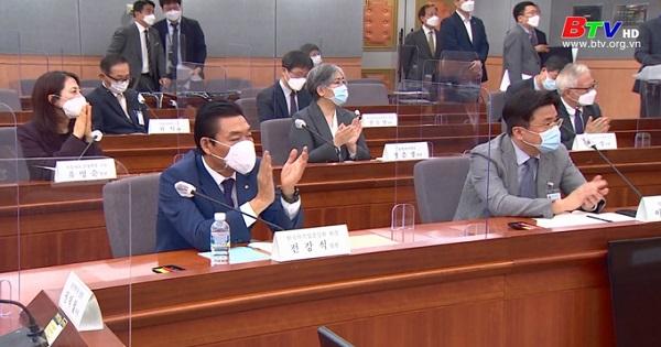 Hàn Quốc nâng giới hạn số người được phép tụ tập