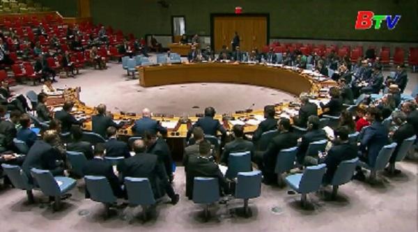 Mỹ hối thúc HĐBA trừng phạt Iran
