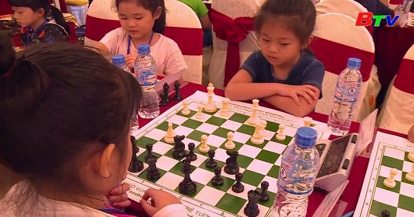 Sôi nổi Giải cờ vua truyền thống các nhóm tuổi Tp Thủ Dầu Một năm 2019