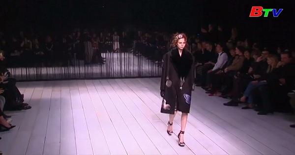 Hãng thời trang Kering cam kết chỉ sử dụng người mẫu trên 18 tuổi