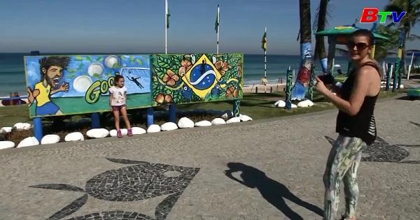 Brazil - Đường phố phủ đầy tranh cổ động World Cup
