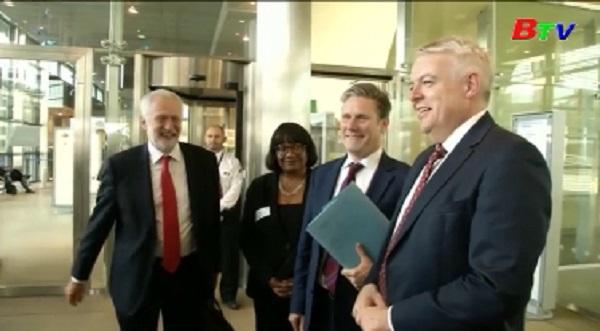 Lãnh đạo Công đảng Anh gặp trưởng đoàn đàm phán EU