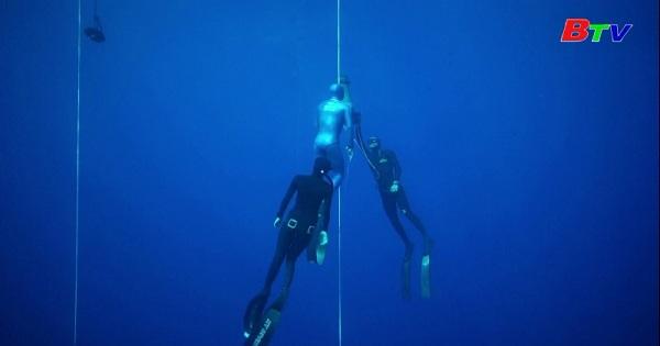 Thợ lặn Pháp phá kỷ lục thế giới về lặn tự do