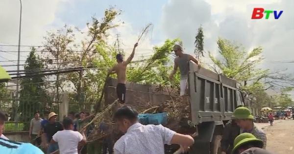Bình Dương thăm tặng quà đồng bào bị thiên tai tại tỉnh Khánh Hòa
