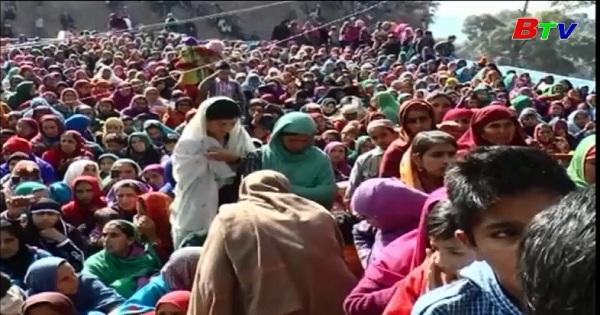 Lễ hội tôn giáo tại bang Jammu và Kashmir, miền Bắc Ấn Độ