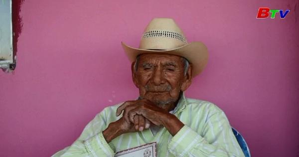 Mexico gặp gỡ cụ ông lớn tuổi nhất thế giới